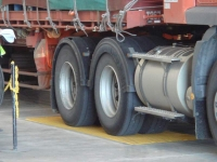 Drive axles on weighbridges